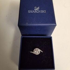 Swarovski Attract Light Ring